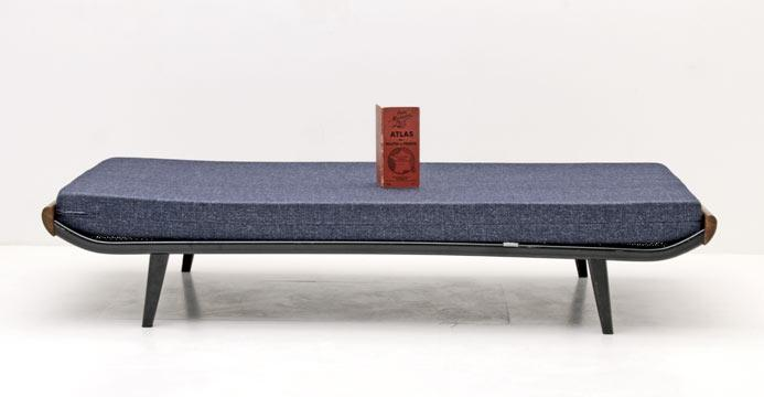 Cleopatra Daybed
