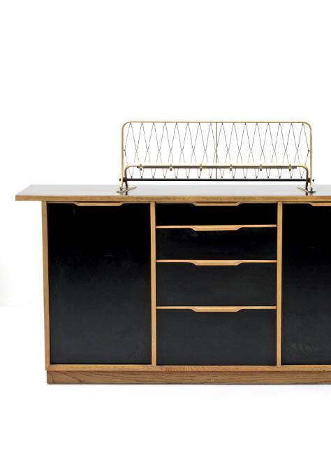sideboard 50er jahre 4972 sideboard schrank bogen33. Black Bedroom Furniture Sets. Home Design Ideas