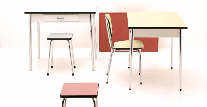 50er-Jahre Küchentische / -Stühle (3023) | Div.Tische | Tisch | BOGEN33