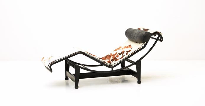 corbusier liege lc 4 5920 leder sessel sessel bogen33. Black Bedroom Furniture Sets. Home Design Ideas