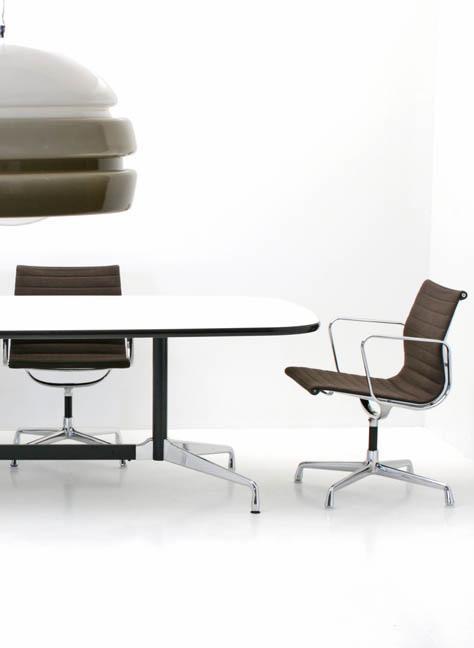 eames konferenztisch 5204 b ro stuhl stuhl bogen33. Black Bedroom Furniture Sets. Home Design Ideas