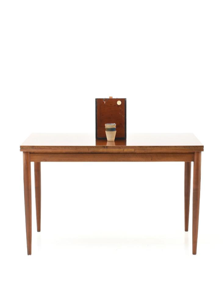 Nussbaum auszugs tisch 6335 holztisch tisch bogen33 for Nussbaum tisch