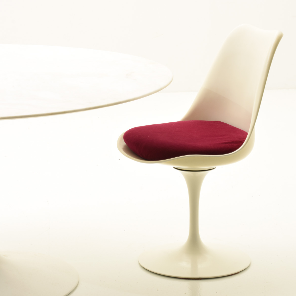 Saarinen Ensemble, Knoll International - 3